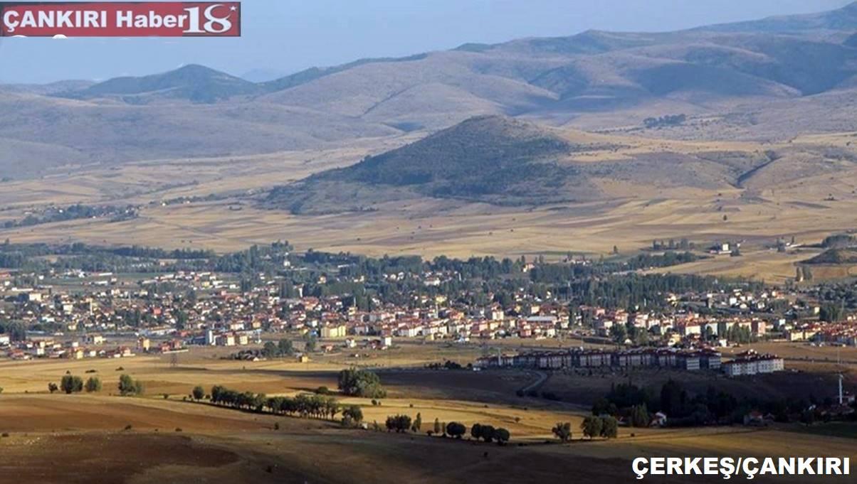 Çerkeş 986 km2'lik yüzölçüme sahip olup Çankırı'nın merkez ilçeden sonra en geniş ilçesini oluşturmaktadır. 1860 yılında ilçe olan Çerkeş Osmanlıların son dönemine kadar önemli bir yerleşim merkezi olmuştur.
