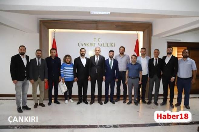1074 Çankırıspor Yönetimi Ziyaretlerde Bulundular - Spor - haber18.com - Çankırı haberleri