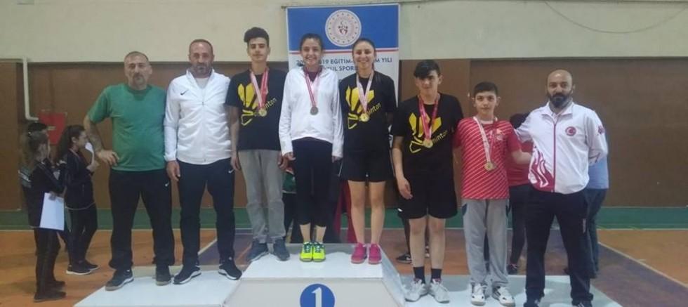 Badmintoncularımız Türkiye Şampiyonu - Spor - Çankırı -Spor - Haber 18 - attorney at law ,boat yacht  wealth luxury