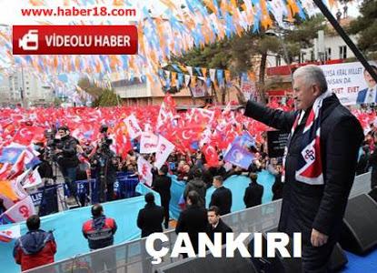 Başbakan Binali Yıldırım, Çankırı Belediye Meydanında Vatandaşlara Hitap Etti