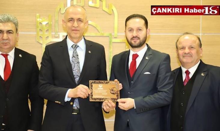 Başkan Zeynettin Aydın, Vali Hamdi Bilge Aktaş'ı Ziyaret Etti - STK - Çankırı - Haber 18