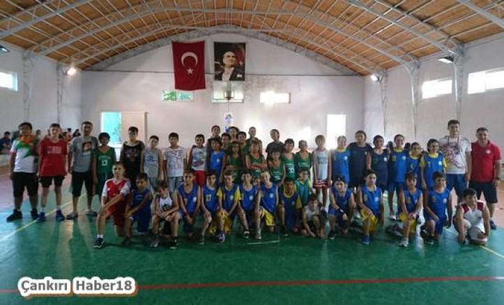 Basketbol Akademi Yaz Kampını Marmariste Gerçekleştirdi - Spor - Çankırı - haber18