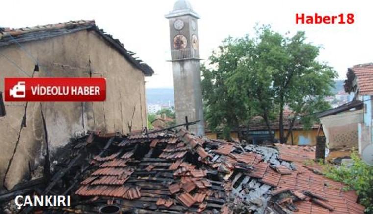 Çankırı - Çankırı'da Evin İçerisine Yıldırım Düştü - Genel Haberler haber18 haberleri