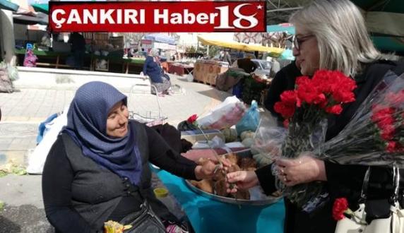 MHP liler Kadınlar Gününde Karanfil Dağıttı - Siyaset - Çankırı -Siyaset - Haber 18 - attorney at law ,boat yacht  wealth luxury