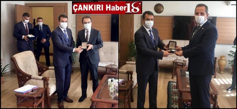 Vali Abdullah Ayaz ve Milletvekili Salim Çivitçioğlu, Bölge Müdürü Bingöl'ü ziyaret etti - Çankırı Genel Haber Haber18 - attorney at law ,boat yacht  wealth luxury