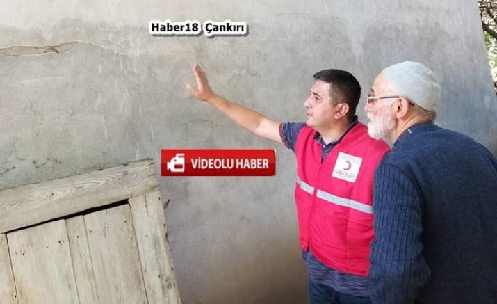 Çankırı  Kızılay Şubesi Deprem Bölgesinde - STK - haber18.com - Çankırı haberleri