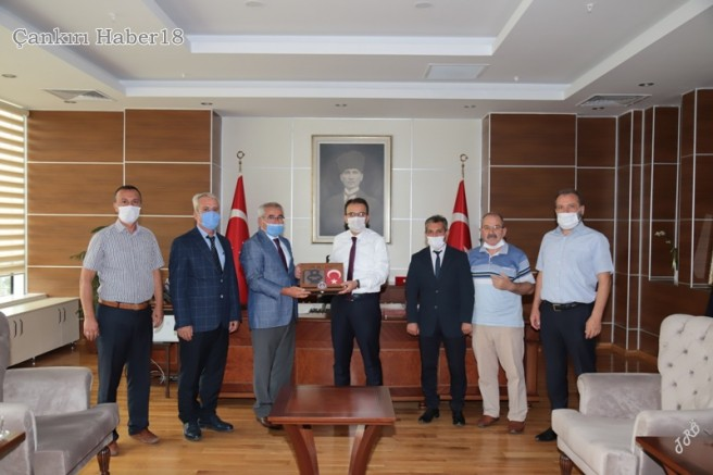 Çankırı TÜRKAV'dan Vali Ayaz'a Hoş Geldin Ziyareti - Çankırı STK Haber18 - attorney at law ,boat yacht  wealth luxury