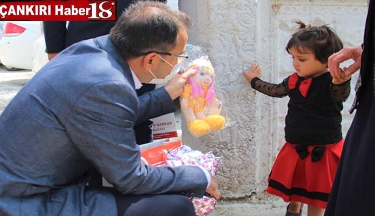 Vali Abdullah Ayaz, Bayramın Üçüncü Gününde de Şehit Ailelerini Ziyaret Etti - Çankırı Valilik Haber18 - attorney at law ,boat yacht  wealth luxury