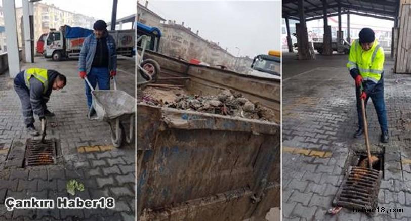 ÇASKİ Yağmur Suyu Izgaralarını Temizliyor Çankırı Belediyesi - Çankırı