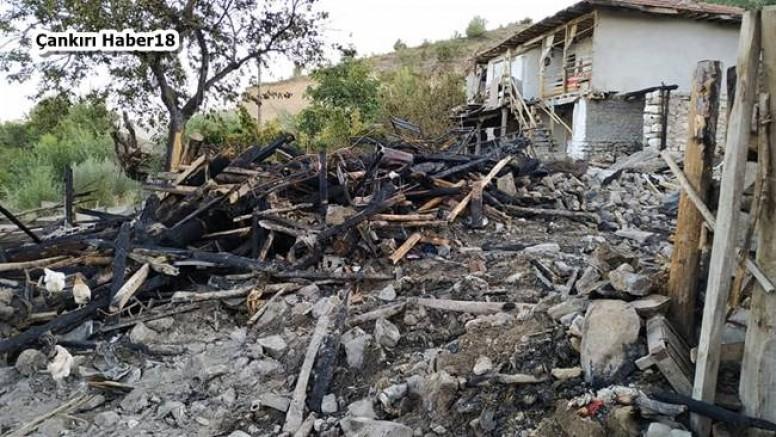 Eldivan İlçesinde Köy Muhtarının Evi Yandı - Eldivan - haber18.com - Çankırı haberleri