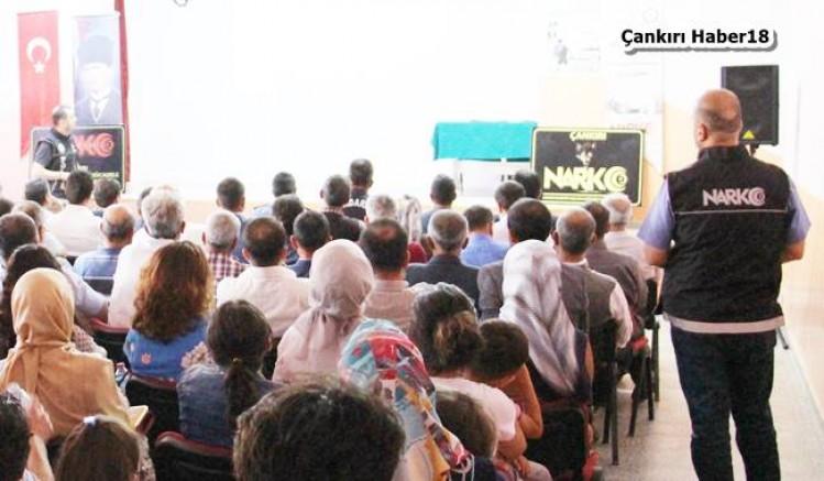 Emniyet Şabanözü İlçemizde Seminer Verdi - Şabanözü - haber18.com - Çankırı haberleri