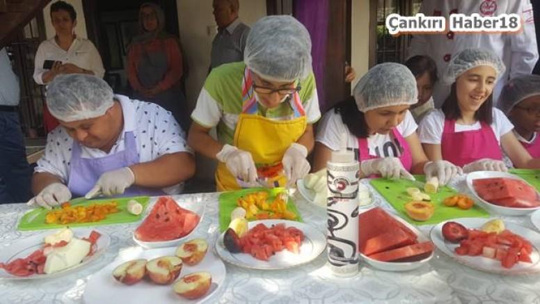Engelli Öğrenciler,  Kokteyl Hazırlamayı Öğrendi - Belediye - Çankırı - haber18