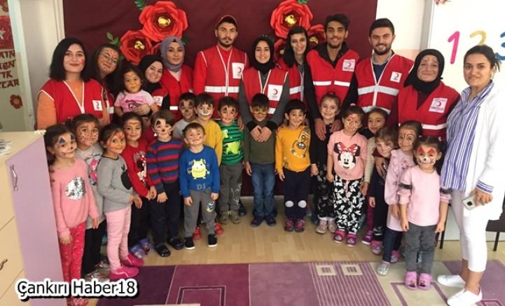 Gönüllüler Eğlence ile Kızılay'ı Anlatıyorlar - STK Çankırı haber18