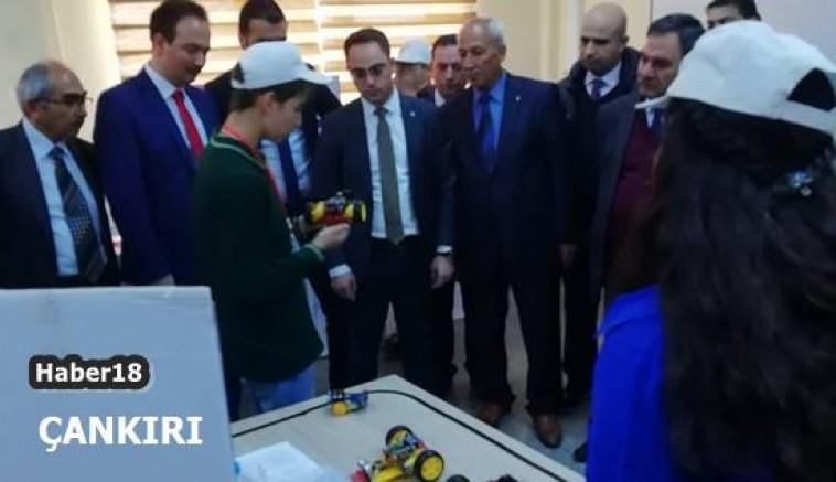 Gümerdiğin Ortaokulu TÜBİTAK 4006 Bilim Fuarı  Çankırı Şabanözü - Çankırı