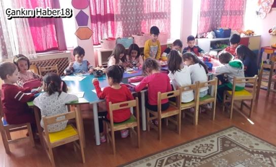 Hayırsever vatandaş Çerkeş'de Okula Yardımda Bulundu - Çerkeş - Çankırı - Haber 18