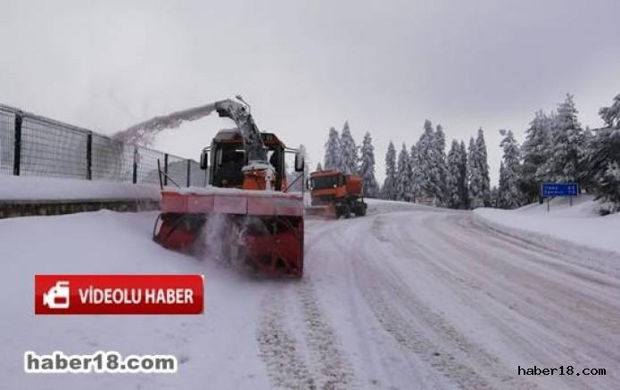 çankırı - Ilgaz Dağında Karayolu Ekipleri Aralıksız Çalışıyor Kurumlar