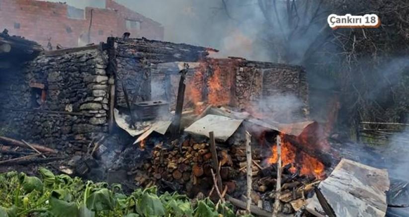 Ilgaz Saraycık Köyünde Yangın. 1 Kişi Hayatını Kaybetti - Ilgaz - Çankırı - haber18