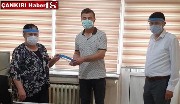 İşadamı Hemşehrimiz Ahmet Uslu'dan Çankırı'ya 3750 Yüz Siperliği - Genel Haber - Çankırı -Genel Haber - Haber 18 - attorney at law ,boat yacht  wealth luxury