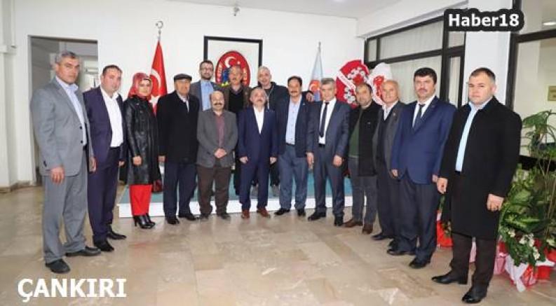 Muhtarlar Başkan İsmail Hakkı Esen'i  Ziyaret Etti İsmail Hakkı Esen - Çankırı