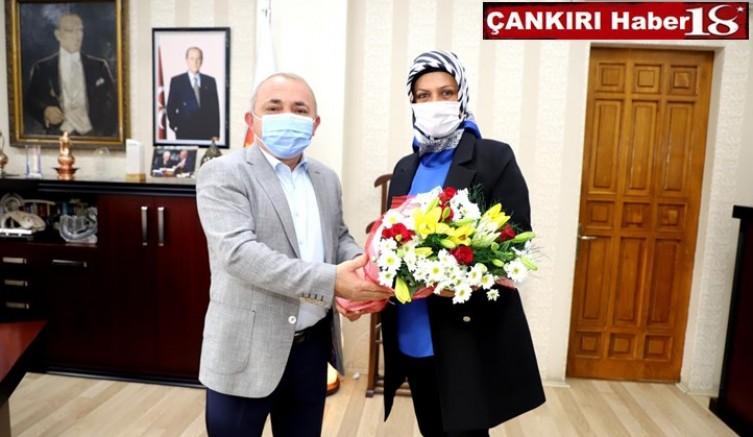 Merkez Mahalle Muhtarlar Belediye Başkanı Esen'i Ziyaret Ettiler - Çankırı Belediye Haber18 - attorney at law ,boat yacht  wealth luxury