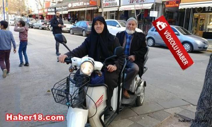 Münevver Abla ve Eşi Çankırıyı Böyle Geziyorlar Genel haberler - Çankırı