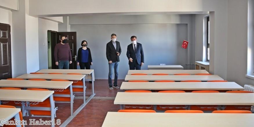 Rektör Ayrancı; Sınıflarımızı MEB Öğrencilerine Açabiliriz   - Çankırı Hasan Ayrancı Haber18 - attorney at law ,boat yacht  wealth luxury