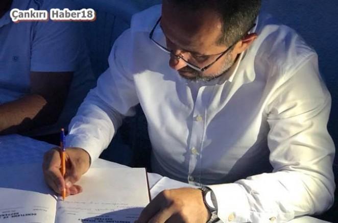 Çankırı - Salim Çivitçioğlu, İlk İmzayı Atan Milletvekili Oldu - Salim Çivitçioğlu haber18 haberleri