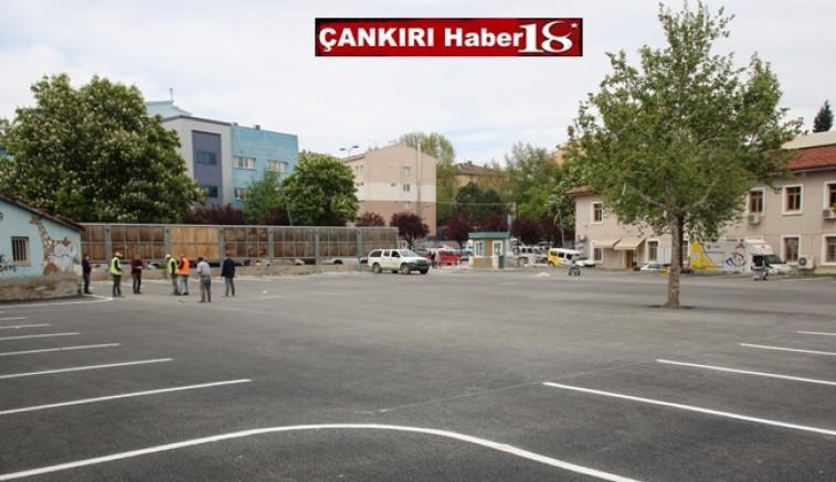 Çankırı Belediyesi, şehir merkezinde PTT binası arkasında ve Polis Evi yanında bulunan iki otoparkı da asfaltladı.  - Çankırı Belediye Haber18 - attorney at law ,boat yacht  wealth luxury