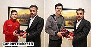 Çankırı - haber18 - Belediye Başkanı Hüseyin Boz, Haltercileri Ödüllendirdi - Kişiler