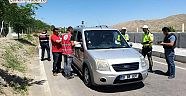 Çankırı - haber18 - Yolculara Soda Ve Lokum İkramı - STK