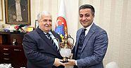 Çankırı - haber18 - Devlet Bakanı Türker, Başkan Boz'u Ziyaret Etti - Hüseyin Boz