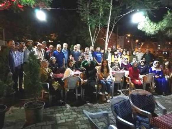 Çankırı - Türkiye'nin En Büyük Ailesinin Çocukları İftarda Buluştular - STK Çankırı haber18