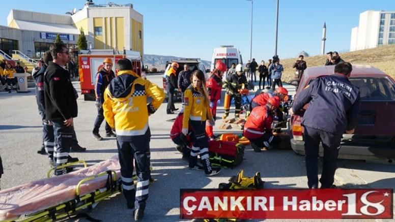 Çankırı - Üniversitede Trafik Kazası Tatbikatı Gerçekleştirildi - Genel Haber - haber18