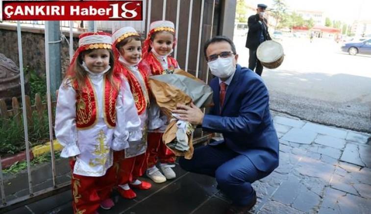 Çankırı Valisi Abdullah Ayaz, İlçe Ziyaretleri Kapsamında Şabanözü İlçemizde Gezi ve İncelemelerde Bulundu - Çankırı Şabanözü Haber18 - attorney at law ,boat yacht  wealth luxury