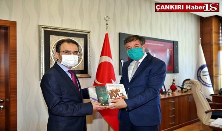 Vali Abdullah Ayaz, Çankırı Karatekin Üniversitesi Hakkında Bilgi Aldı - Çankırı Üniversite Haber18 - attorney at law ,boat yacht  wealth luxury