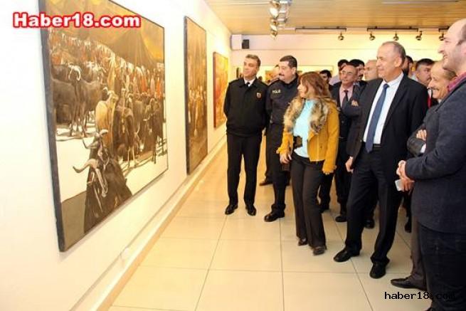 Vali Hamdi Bilge AKTAŞ Resim Sergisine Katıldı