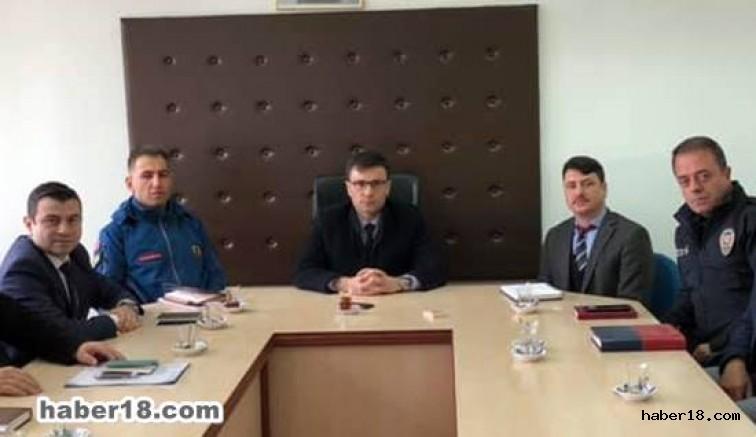 çankırı - Yapraklı Kaymakam İdare Şube Başkanlar Toplantısı Yaptı Çankırı Yapraklı