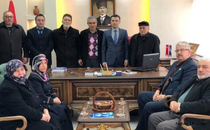 Yapraklı Kaymakamı Mustafa Emre Kılıç'ı Ziyaret Ettiler