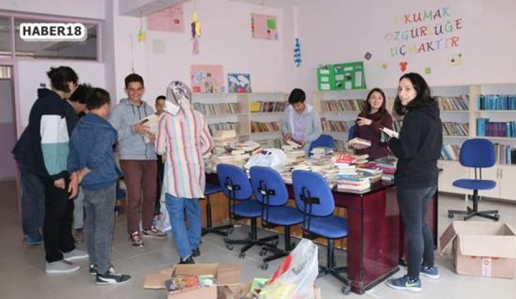 Yapraklı Yukarıöz Köyüne kütüphane kurdular Çankırı Eğitim - Çankırı